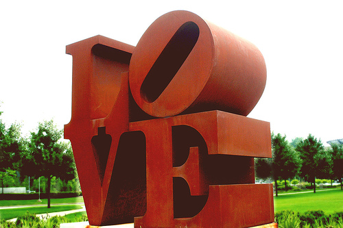 love-sculpture-resized-600.png