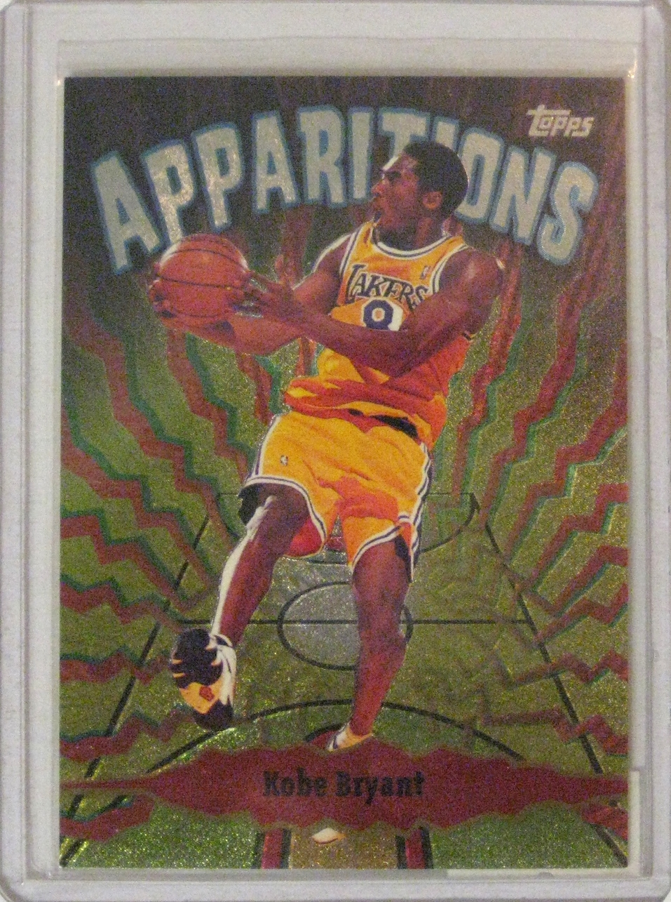 1998-99 Topps Apparitions Kobe Bryant: This is the exact type of card I look to collect. Bright, interesting style, early career... Fun stuff.