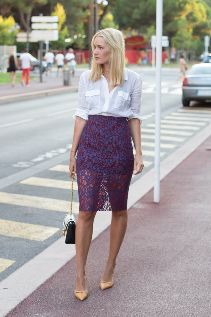 Purple lace pencil skirt — The Wardrobe Editor by Nina Buzzi