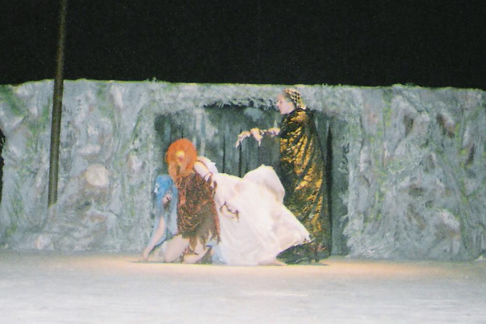 Act 1, Scene 2_5.jpg