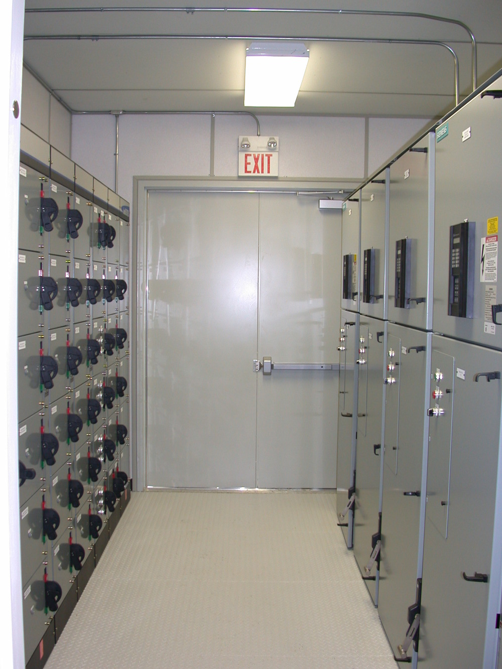 Magnificent Packaged Control Rooms Idt Systems Inc Largest Home Design Picture Inspirations Pitcheantrous