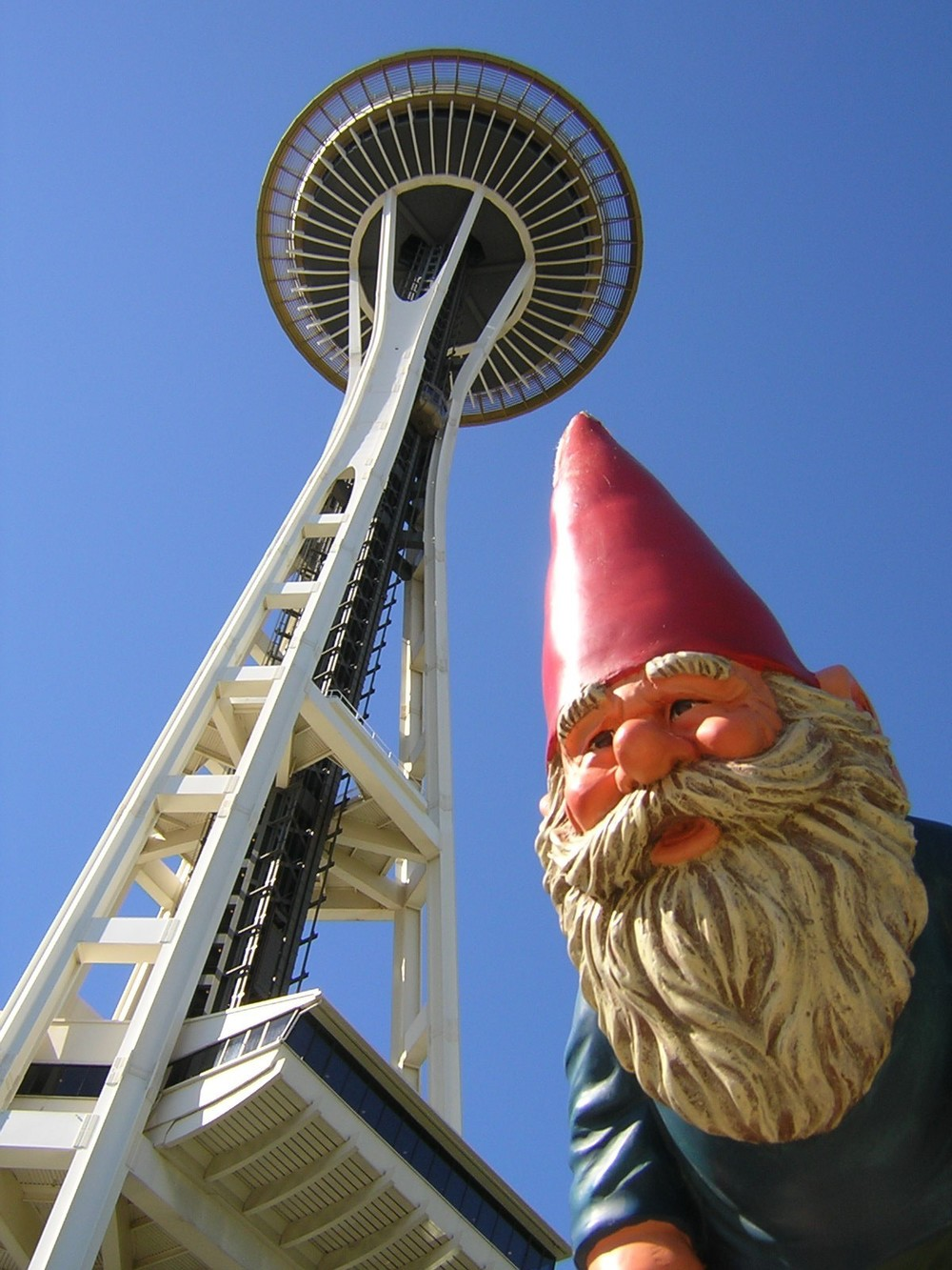 Space Needle (SN)