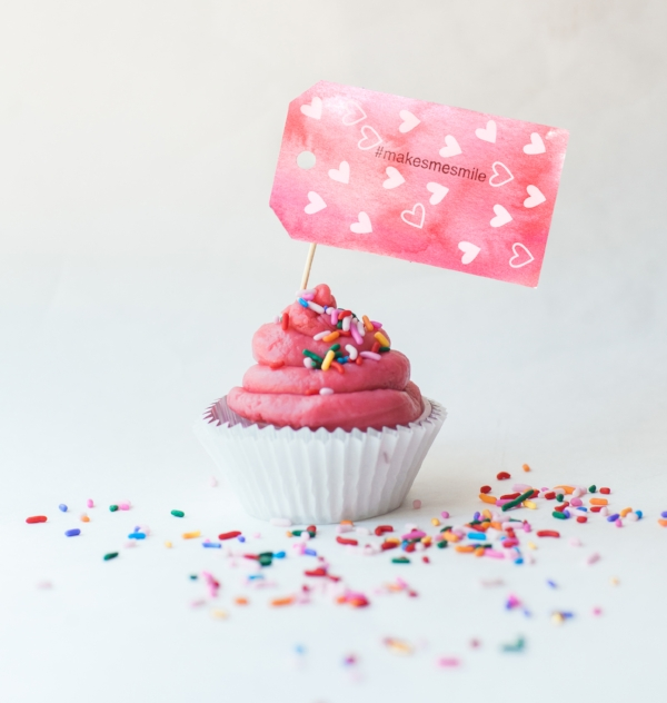 cupcake_topper_tag.jpg