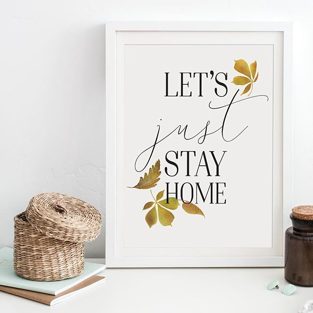 I left my home early this morning, and that's when I knew I wasn't in Austin anymore. BRRRRrrrrrr, the early temperature was BRISK! At the moment, I love it. I'm sure I'll regret that in January though.⠀ ⠀ #freefriday #autumndecor #watercolours #farmhousestyle #farmhousechic #freeprintable