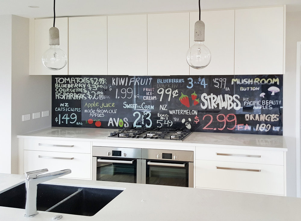 Contemporary style - Contemporary kitchens suit a wide range of splashback imagery including collages, cityscapes and seascapes.Image : Sweet As