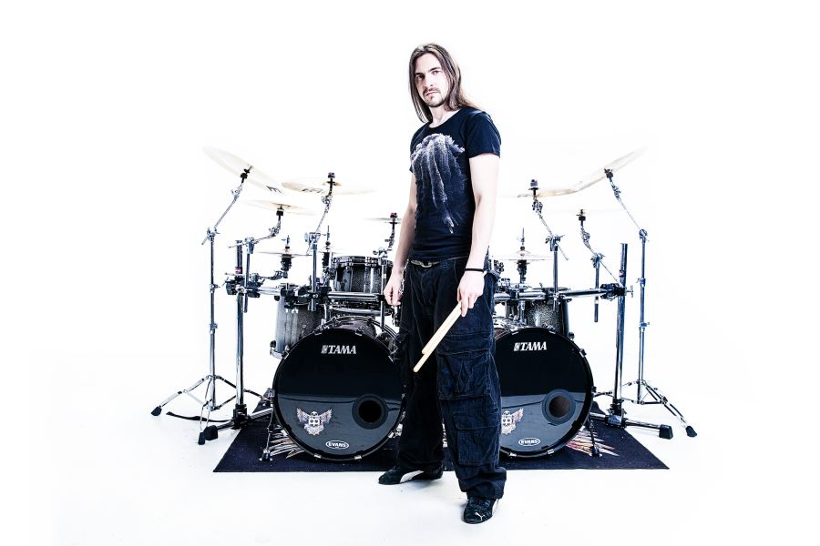 One of my favourite drummers and Instagram posters Sebastian Lanser (Obscura, Panzerballet)