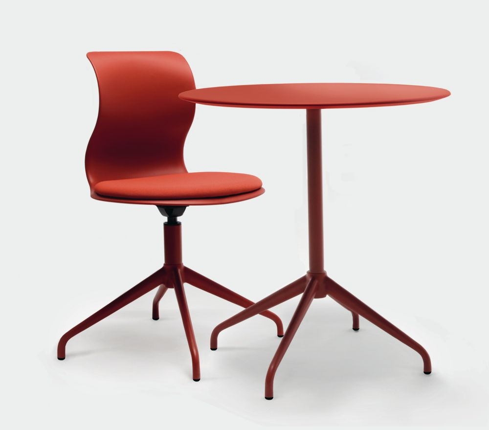 PRO_Four_Star_Frame_Chair_Table_Coralred - version 2.jpg