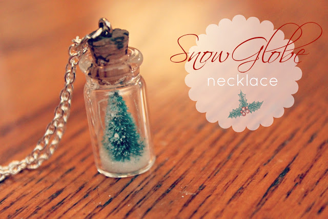 snow globe necklace2.jpg