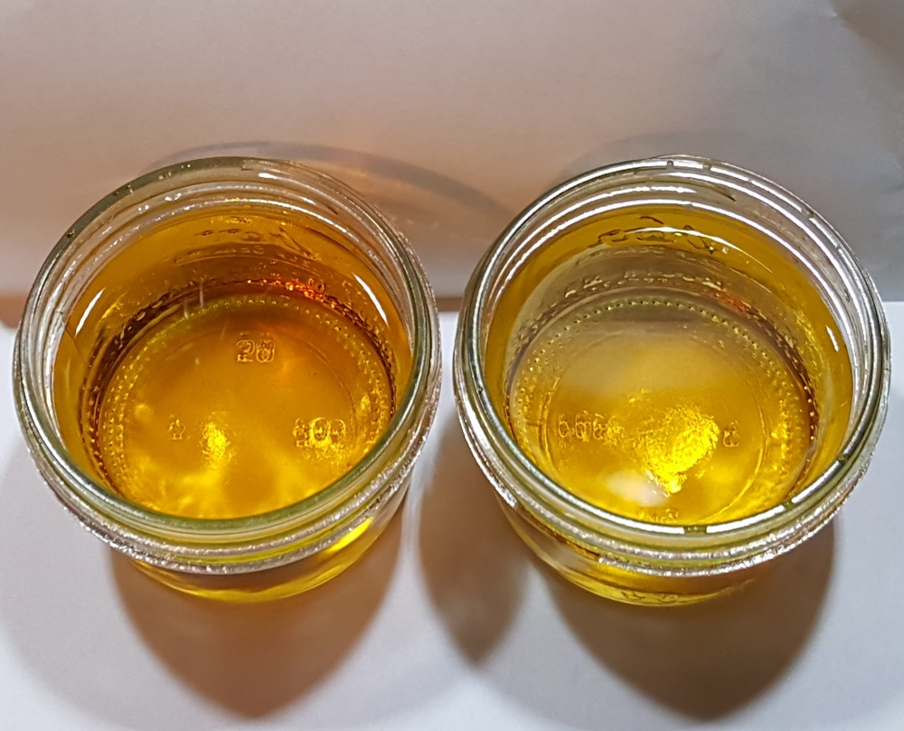 1 week in 5G barrels (#4 Char) - Hertzbier on the left.