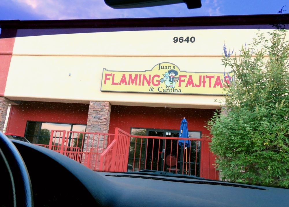 Jun'sFlaming Fajitas & Cantina.JPG