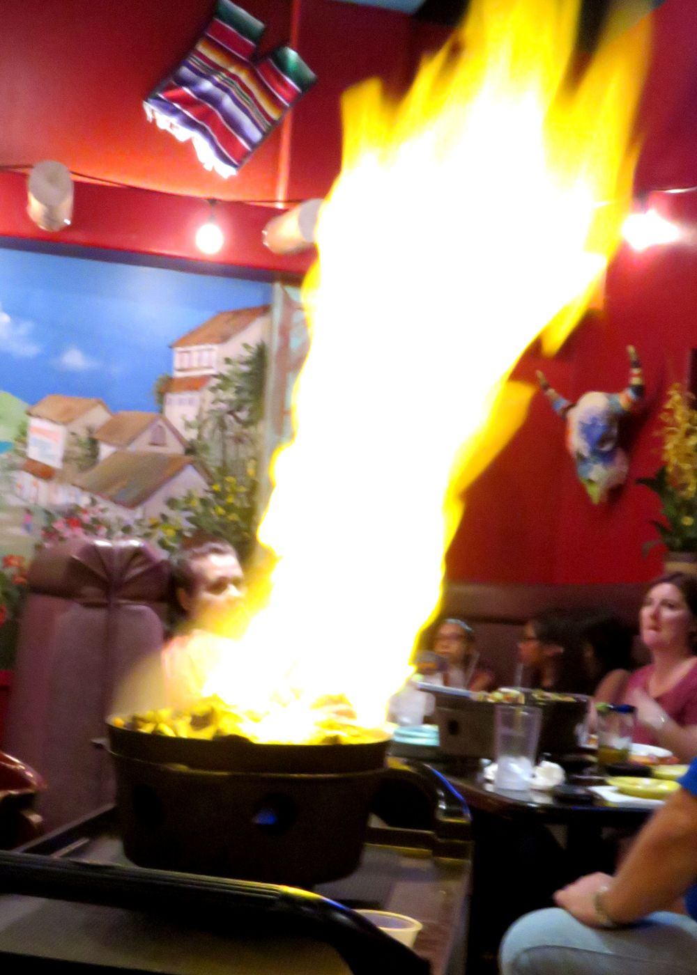 Fajitas - Flaming Streight.JPG