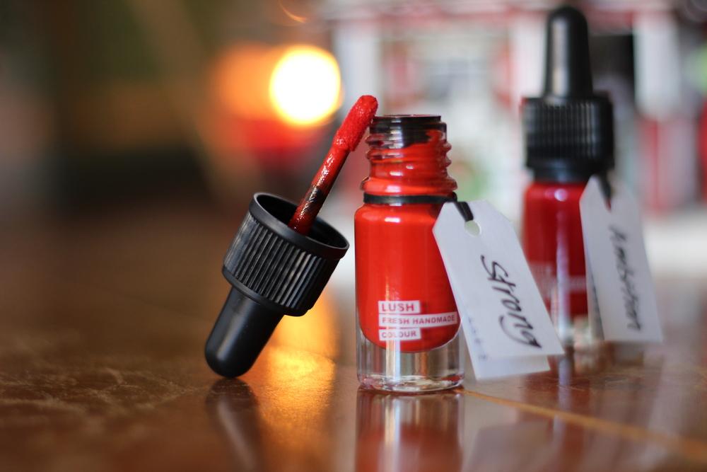 LUSH Liquid Lipstick - Strong