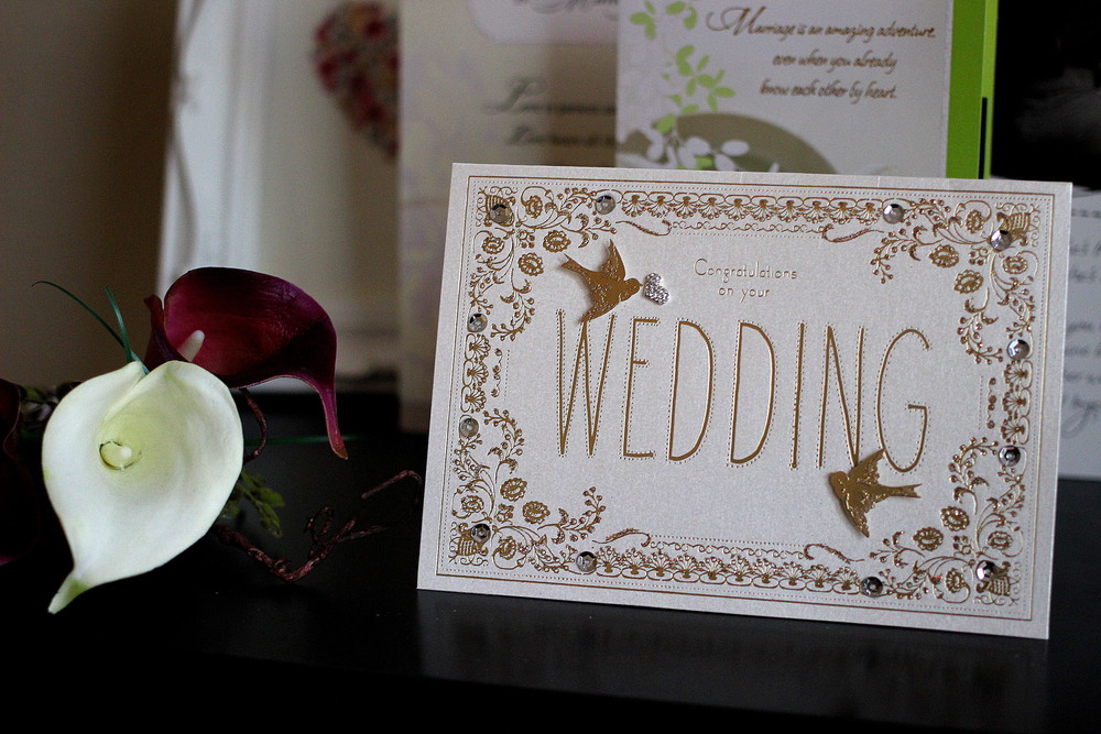 Cards are always a lovely wedding gift idea!