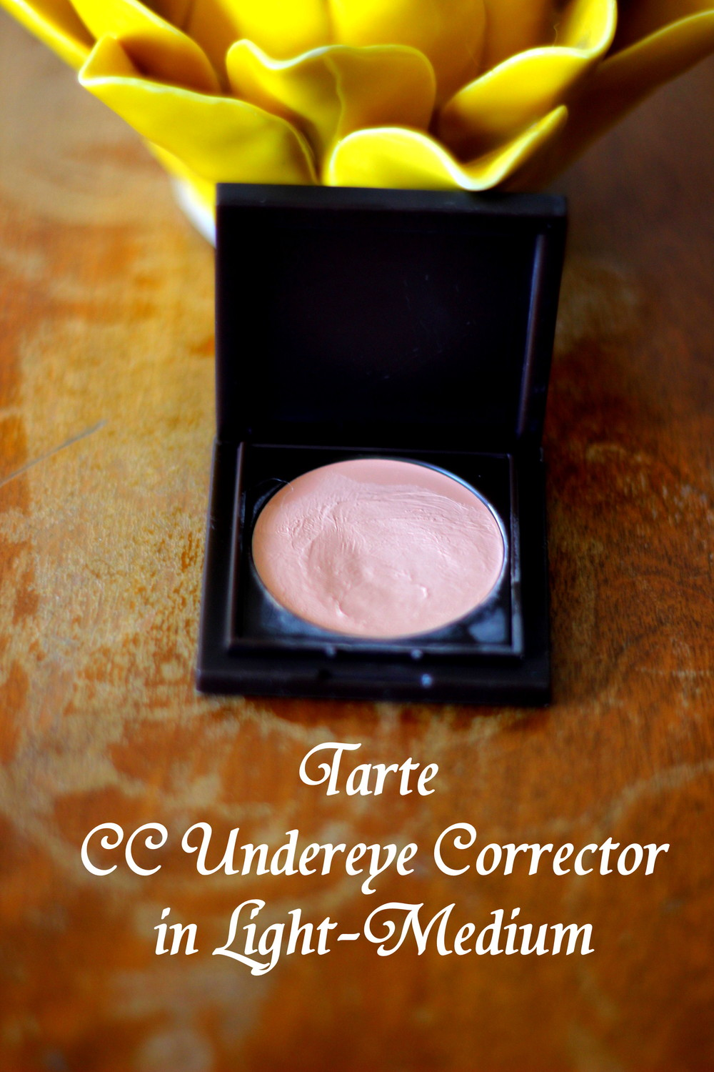 Tarte's CC Undereye Corrector comes in two shades: Light-Medium & Medium-Dark which is a bit of a let down... // Kaleidoscopes & Polka Dots