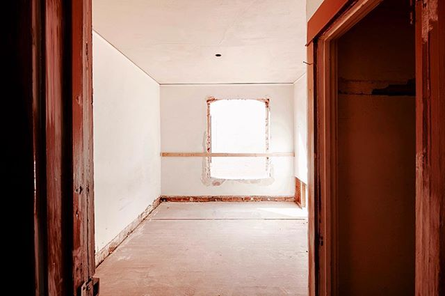 #UnderConstruction in #HighlandPark is the #HighlandHotel, a live/work complex comprising of 26 efficient micro- studios ranging from 150 to 2000 SF. Originally built in 1921, the Highland Hotel is currently undergoing a complete rehab and the expected occupancy is early-mid June 2016. Starting at $650/mo. Inquire at www.highlandhotel.la