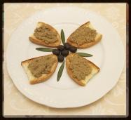 Crostini con Fegato - Toasted Bread with Liver Pate