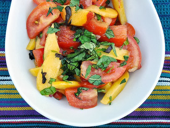 peach tomato and mint salad recipe, recipe using peaches and mint, using peaches in a salad, mint and tomato salad recipe, crisp summer salad recipe, refreshing summer salad