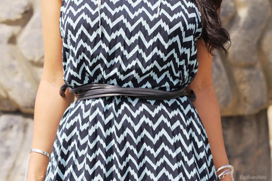 trapeze dress, chevron trapeze dress, knee length trapeze dress, blue and black chevron dress, bcbgeneration dresses, dresses to dress up or down