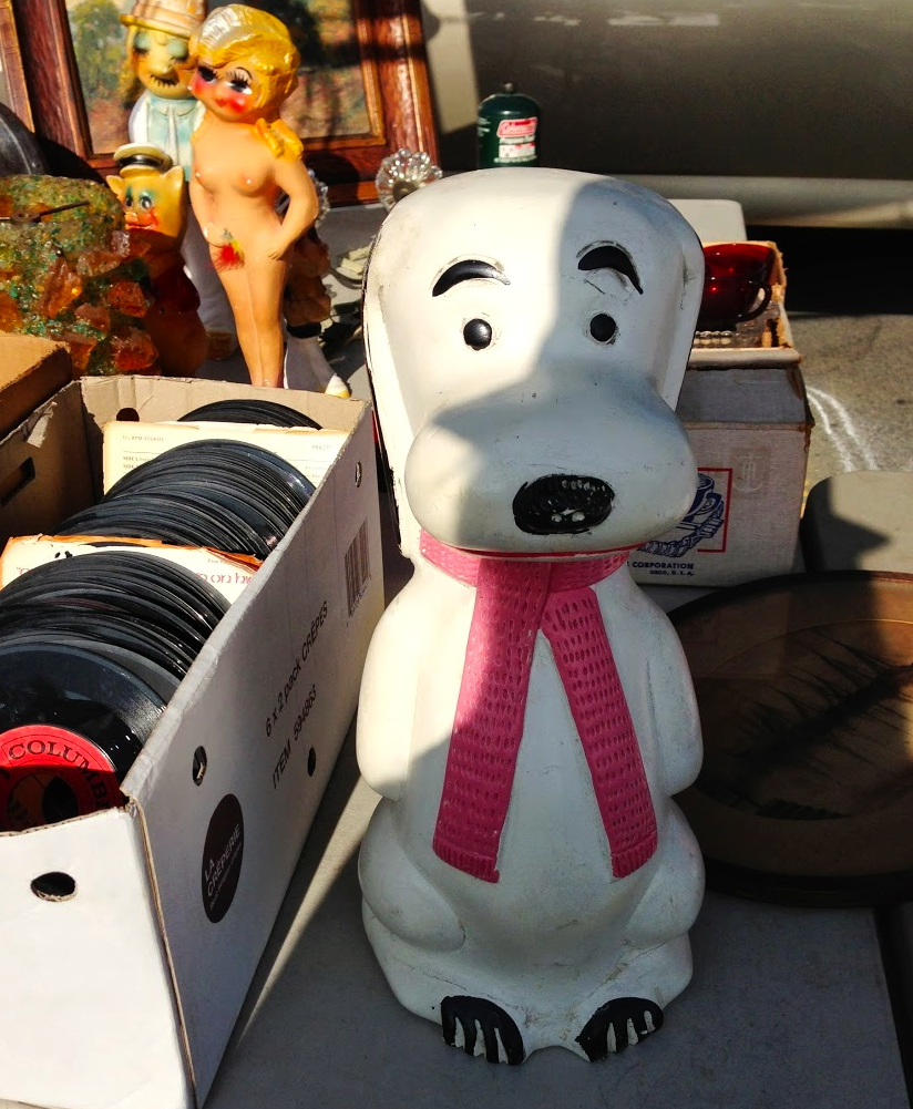 Snoopy made it to the MANtique party!