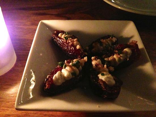 stuffed-dates-purple-cafe-girl-loves-food.jpeg