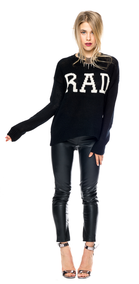 tuc and wes sweater, rad sweater, loose sweaters for women. black and white women's sweater, trendabl rad sweater, trendabl blog