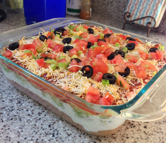 7 layer dip recipe, easy super bowl recipe ideas, easy party recipes, dips for chips, best dips for tostitos, mexican chip dip recipes