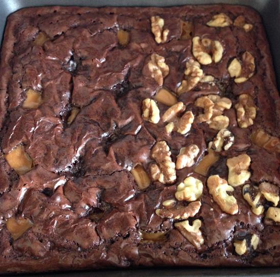 caramel walnut brownies, brownies with kraft caramels, kraft caramels recipes, ghirardelli brownies recipe, best caramel brownies with nuts