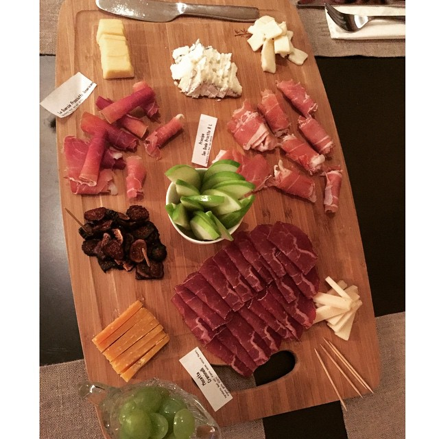 #FridayNightBites 😛 #cheeseplate #friends #yummy 💃🐷