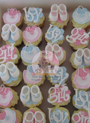 Bibs and Booties Cupcakes 2