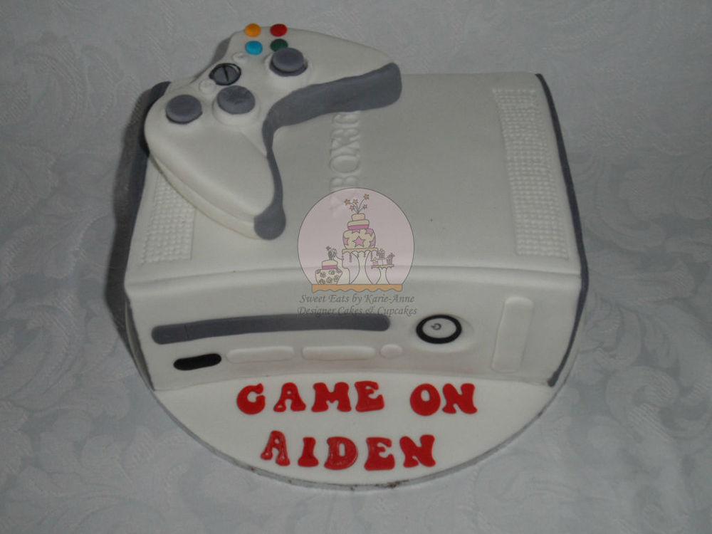XBox 360 Console & Controller Cake