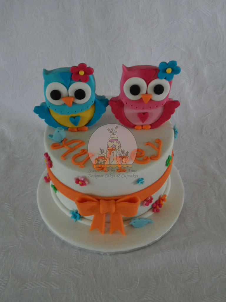 Owl themed Birthday Cake