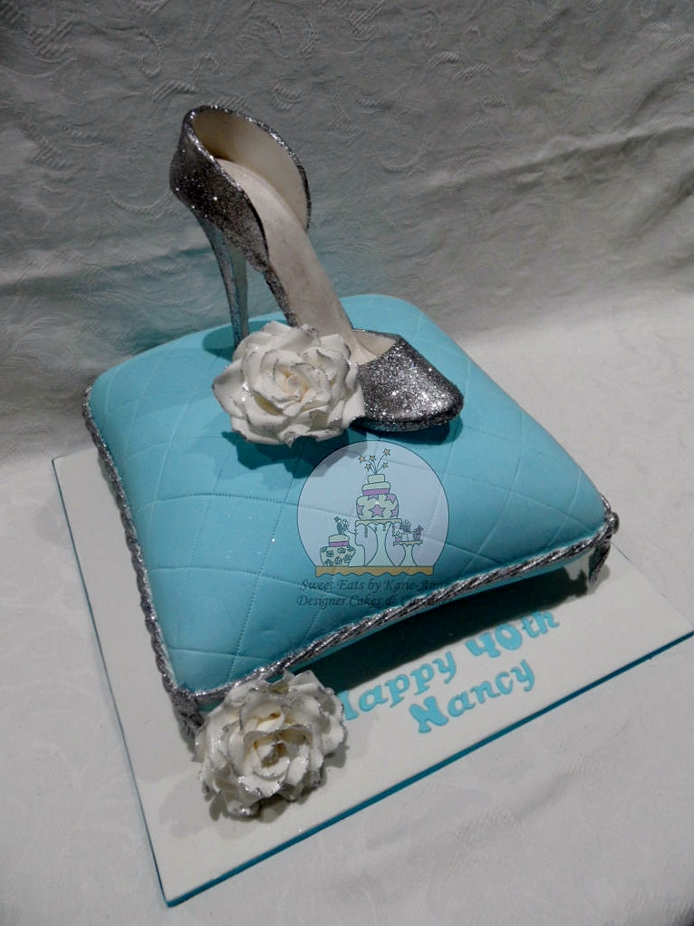 Cinderella Slipper & Cushion Cake