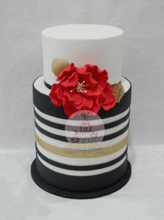 Black, White & Gold Striped Wedding Cake