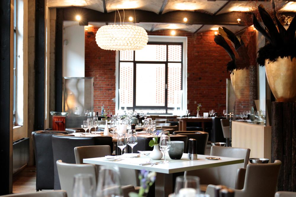 Vlet_Blick_Restaurant_Tische_susies.jpg