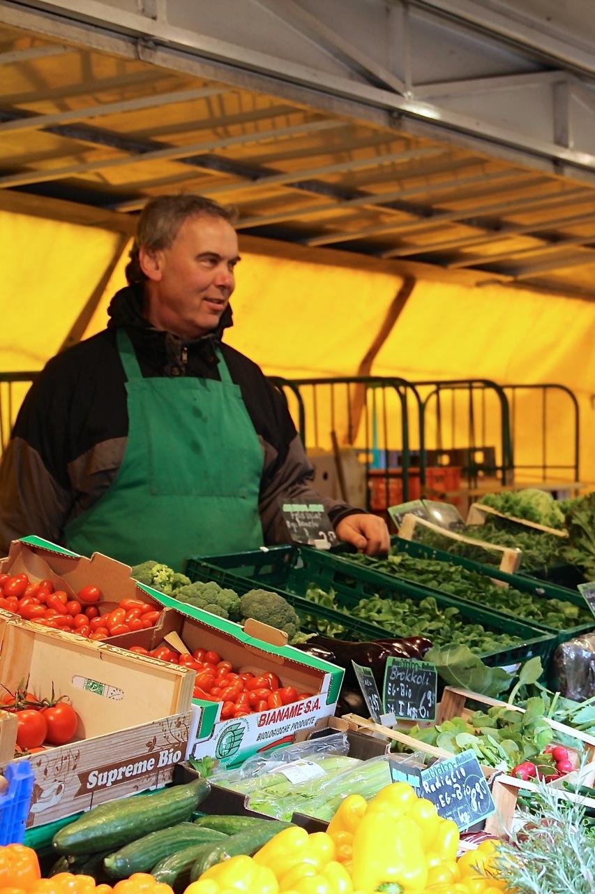 Projekt_Gesund_Leben_Marktstand_susies.jpg