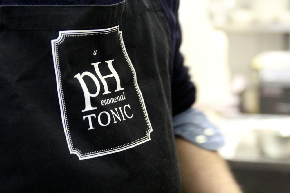 phenomenal_Tonic_Schürze_susies