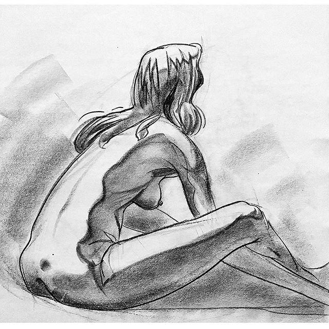 I gave a presentation on observational drawing this morning. 🙃 . . . . . #lifedrawing #observationaldrawing #figuredrawing #art #drawing #conte #model