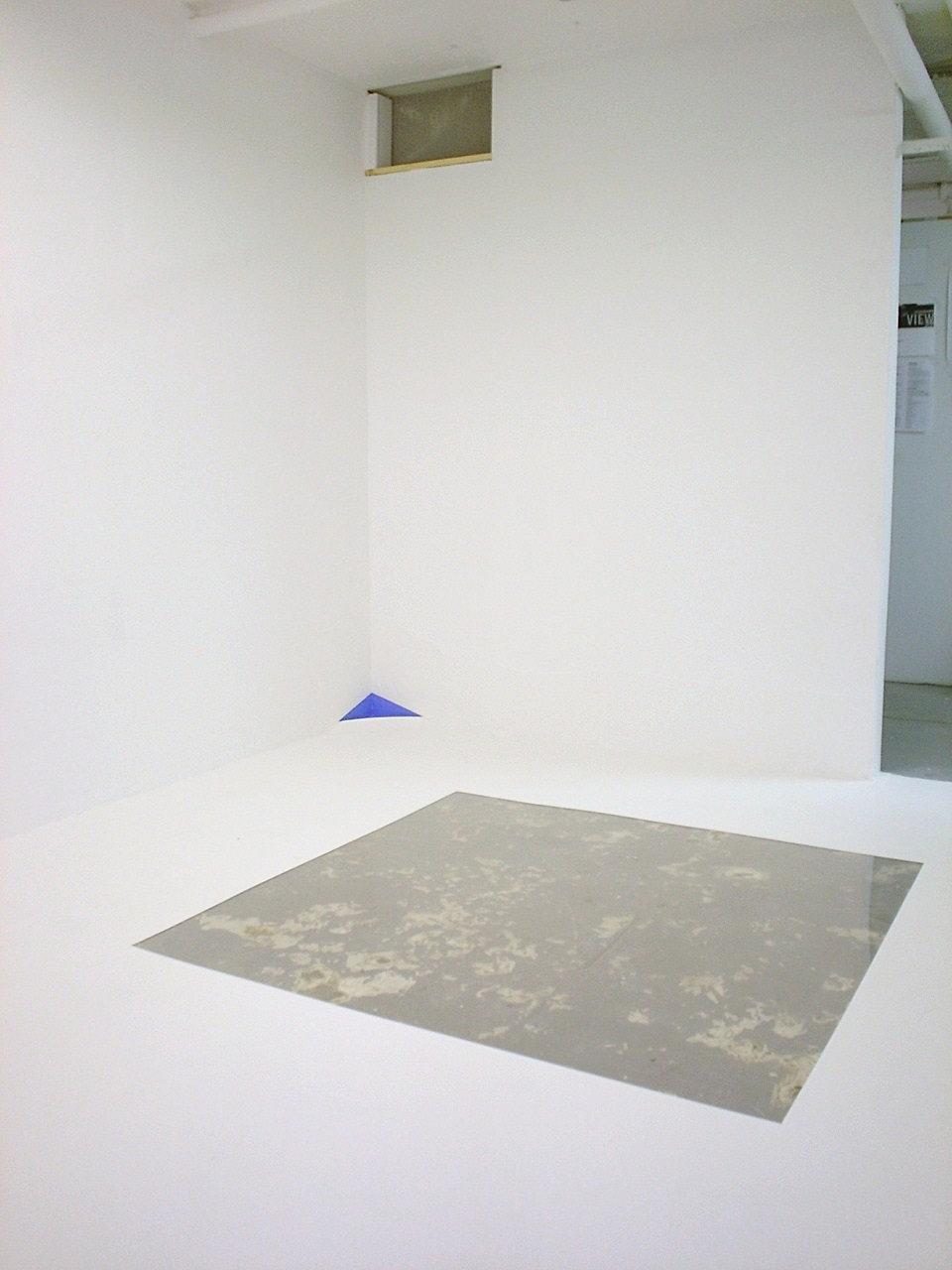plexiglass floor inlay, corner modification/pocket and wall inset, Summer 2007