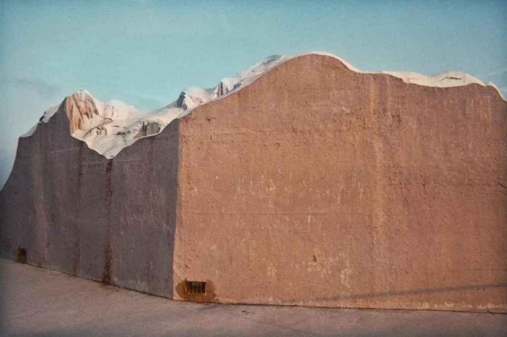 Luigi Ghirri, Rimini, 1977, C-print, 8 1/4 x 11 3/4 inches; 21 x 30 cm