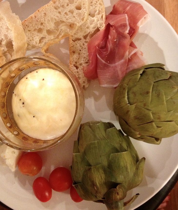 That's my typical sans-HBF dinner. Salty La Quercia, assorted cheeses, two little artichokes, tomatoes I didn't grow myself and a scotch glass filled with lemon butter mayo. Let's remind everyone Iowa is the 12th most obese state in the union.