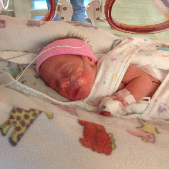 Sweet teeny newborn. 32 weeks. Awwwww.