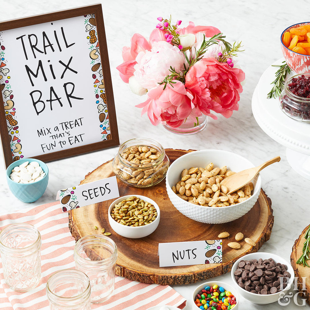 trail-mix-bar-sign-seeds-nuts-detail-999bd7e1.jpg