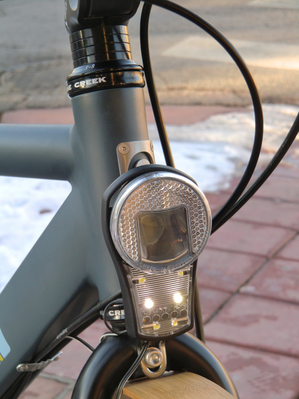 a dynamo powered head light by B&M