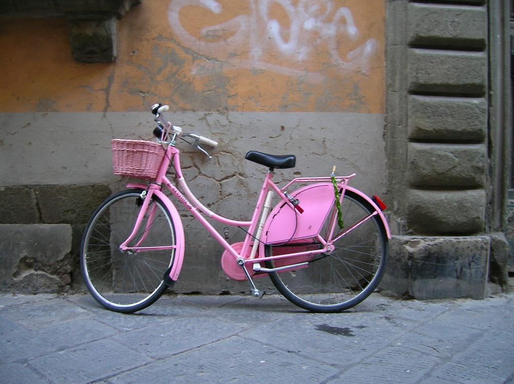 pink fenders are custom.