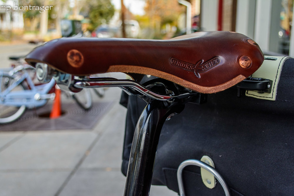 Brook's Saddle in Antique Brown