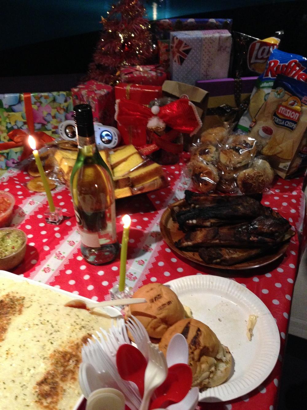 christmas dinner 2013.jpg