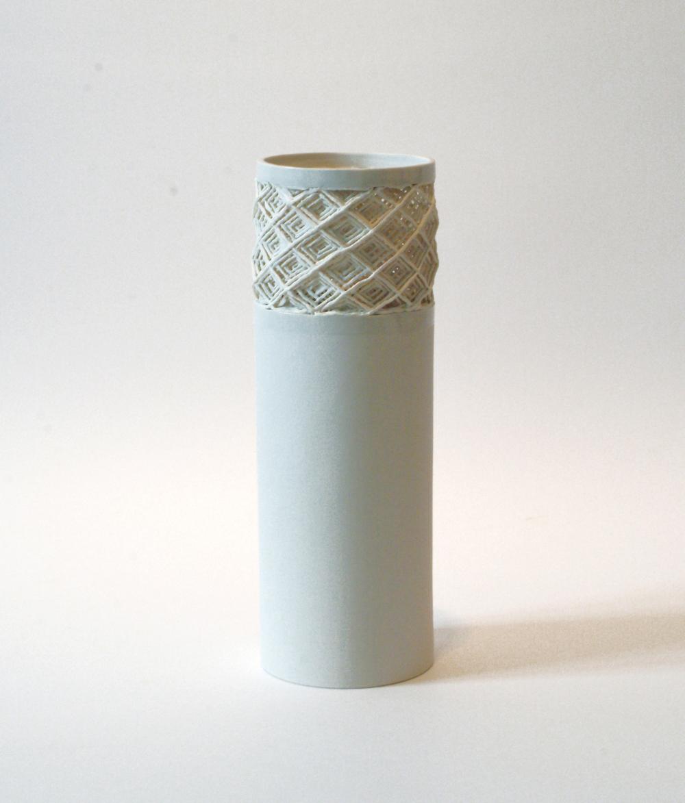 Vase mit Kordelkragen vase with cordporcelain brim h 28 cm
