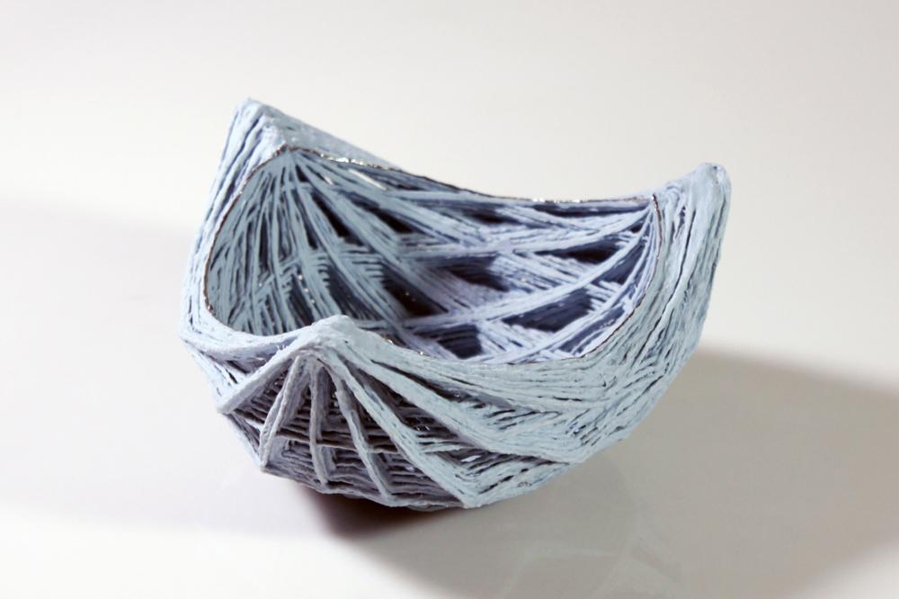 Dreiseitige Rautenschale blau threesides diamond bowl blue l 18 cm