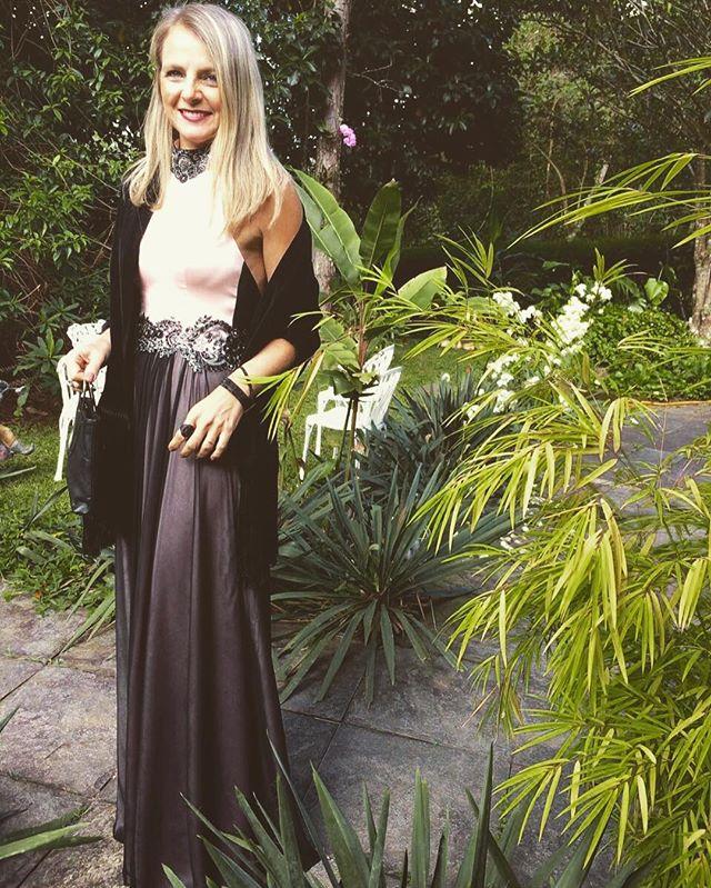 Minha mãezinha musa 😍❤️ #carolknudsen #vestidodefesta #madewithlove