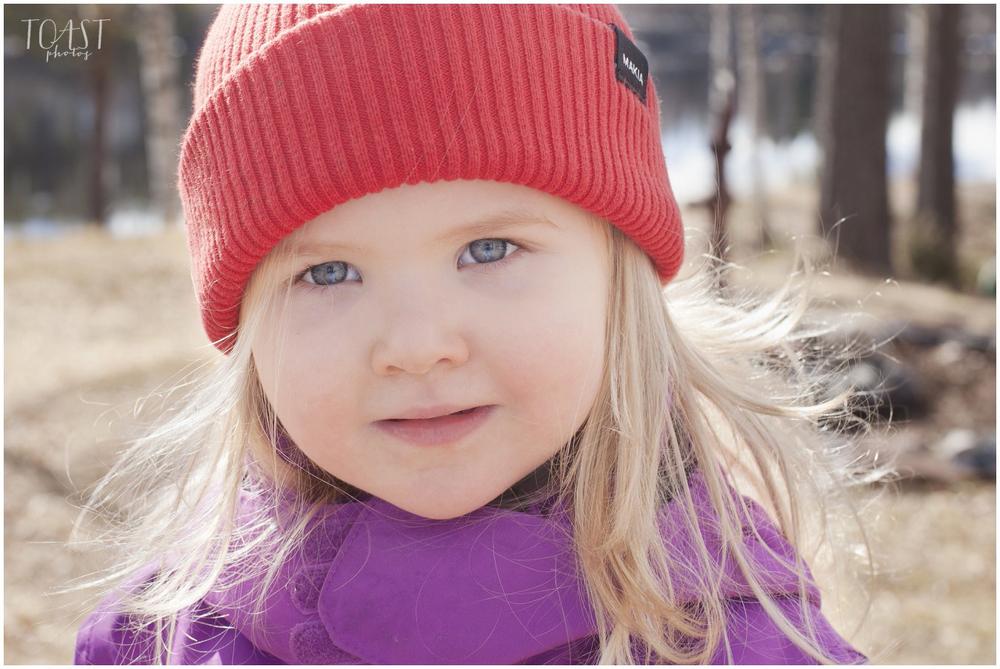 Kolmevuotias-Makia-pipossaan